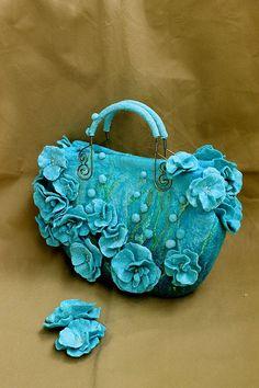 """Купить """" Blue dream"""" сумочка и броши из шелка и шерсти - голубой, синий, голубая сумка ♡"""