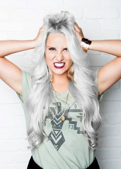 Silver hair wow how will my mom look in this lol Silver Haired Beauties, Silver White Hair, Grey Hair Inspiration, Long Gray Hair, New Hair, Cool Hairstyles, Natural Hair Styles, Hair Makeup, Hair Cuts