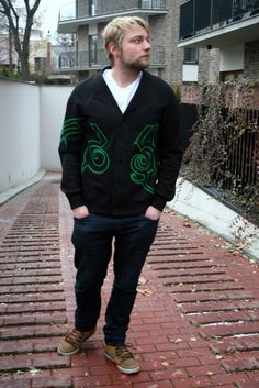 Unique Demon Hunter cardigan by Wolvenstyle. Black with green tattoo. High quality cardigan from Europe.