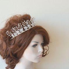 Crystal Tiara, Bridal Tiaras for Wedding , Pearls Hair Accessories, Bridal Headpiece, Bridal Hair Piece Crown, For Bride, Tiaras