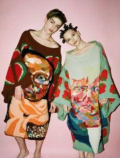 Yang Du, surrealist fashion designer  http://www.yangdu-duyang.com/home.swf