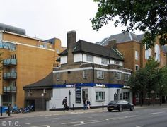 The Caxton, Aldgate - The Caxton was situated at 50 The Highway. This pub closed c.2012 and is now used as a branch of Dominos