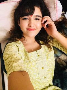Cute Shirley Setia HD Wallpapers & HD Images – AboutFeed – Latest Trending News and Viral Videos Cute Girl Pic, Stylish Girl Pic, Beautiful Bollywood Actress, Beautiful Indian Actress, Girl Pictures, Girl Photos, Shirley Setia, Rihanna Photos, Beautiful Girl Image
