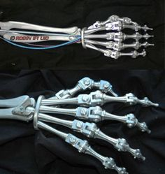 Robotic Prosthetics, Crazy Robot, Tree Drawings Pencil, Futuristic Robot, Arte Robot, Robots Characters, Humanoid Robot, Arm Art, Robot Concept Art