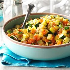 Sauteed Squash with Tomatoes & Onions Recipe -My favorite meals show a love of family and food. This zucchini dish with tomatoes is like ratatouille, Mexican style. Kale Recipes, Onion Recipes, Plant Based Recipes, Vegetable Recipes, Diet Recipes, Healthy Recipes, Zuchinni Recipes, Shrimp Recipes, Recipies