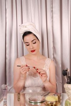 beauty fashion style vintage makeup pink celebrity retro dita von teese pin up lipstick pinup burlesque celebrity beauty
