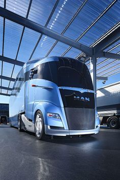 Why the sudden interest in futuristic trucks? Big Rig Trucks, Cool Trucks, Pickup Trucks, Luxury Rv, Large Truck, Auto Motor Sport, Busses, Drag Cars, Camper Van
