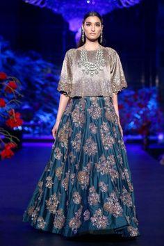 Buy Online Punjabi Wedding Lehenga Designer Collection Call/ WhatsApp us 77164 Indian Gowns Dresses, Pakistani Dresses, Bridal Dresses, Prom Dresses, Indian Designer Outfits, Indian Outfits, Designer Dresses, Party Wear Lehenga, Bridal Lehenga Choli