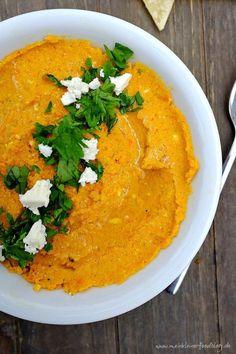 Geröstete Karotten, Rote Linsen und Feta vereinen sich zu einer wahren Geschmacksexplosion. Sensationell für das nächste Brunch!