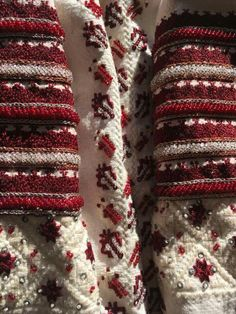 Folk Costume, Costumes, Folk Embroidery, Alter, Bangles, Traditional, Detail, Style, Shirt
