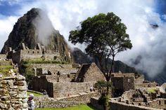 El hermoso Machu Picchu, Perú.  http://www.recorriendo.com/2014/07/18/lugares-increibles-machu-picchu/