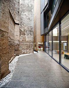 Taller 9S Arquitectes, Adrià Goula · Ludoteca y Centro de Recursos Educativos de Ciutat Vella