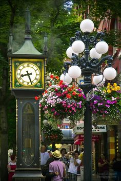 The Gastown Steam Clock in Vancouver, British Columbia, Canada • photo: Janusz Leszczynski on Flickr