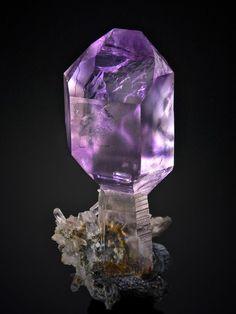 Scepter amethyst Switzerland ✏✏✏✏✏✏✏✏✏✏✏✏✏✏✏✏ AUTRES MINERAUX - OTHER MINERALES ☞ https://fr.pinterest.com/JeanfbJf/pin-min%C3%A9raux-minerals-index/ ══════════════════════ BIJOUX ☞ https://www.facebook.com/media/set/?set=a.1351591571533839&type=1&l=bb0129771f ✏✏✏✏✏✏✏✏✏✏✏✏✏✏✏✏
