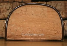 Cosmetics bag (model CC-1179) - Eco-friendly - made of real cork. From www.corkfashion.com