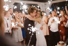 Ola i Jarek - rustykalny ślub, Fotografia: Just Married Bridesmaid Dresses, Wedding Dresses, Just Married, Fashion, Fotografia, Bridesmade Dresses, Bride Dresses, Moda, Bridal Gowns