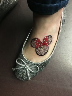 8/8/16. A few months ago, one of my longtime friends that I grew up with passed away.. Her favorite theme park was Disneyland and her favorite character was Minnie Mouse. She even had a Minnie Mouse tattoo of her own on her arm. Alycia this ones for you girl! Forever in our hearts. Thanks James for the beautiful tattoo!