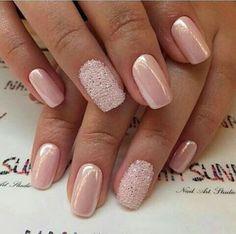 Gel nails of natural glitter - nails nature - Nageldesign Natur Cute Nails, Pretty Nails, Sns Nails Colors, Pearl Nails, Bride Nails, Wedding Nails, Beautiful Nail Designs, Fall Nail Designs, Creative Nails