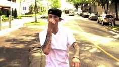 "Machine Gun Kelly - ""Chip Off The Block"" Viral Video <<this is my babe. I love him so fucking much♥♥♥ ""Hahahahaha FUCK YOU! Mgk Lyrics, Music Songs, Music Videos, Machine Gun Kelly, Hip Hop Rap, Country Boys, My Favorite Music, Music Lovers, Live Music"