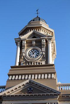 Port Elizabeth city hall http://www.belvederecottages.co.za