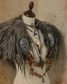 This would be good for a viking cosplay, a shaman cosplay, a demon cosplay (with a few tweaks) - this is just beautiful!