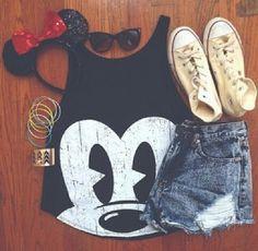 Imagem de outfit, mickey, and disney