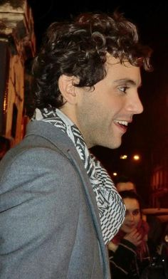 Mika meeting fans - ???