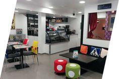 Extra Life Café   Coffee, Retro Gaming, bar, arcade and Manga Café Paris 5th