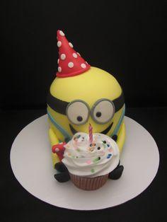 Minion Birthday Kake