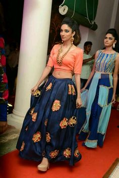 19 ideas for wedding indian bridal lehenga sabyasachi Salwar Designs, Lehenga Designs, Blouse Designs, Pakistani Dresses, Indian Dresses, Indian Outfits, Indian Attire, Indian Wear, Ethnic Fashion