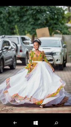 6 Beautiful Wedding Dress Trends in 2020 African Print Wedding Dress, African Wedding Attire, African Attire, African Fashion Dresses, African Dress, African Wear, African Traditional Wedding Dress, Traditional Wedding Attire, Traditional Gowns