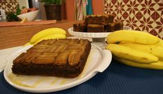 Bolo de Gengibre com Banana Bananas, Desserts, Food, Vegetarian Cooking, Cake Receipe, Dessert, Recipes, Ideas, Vegans