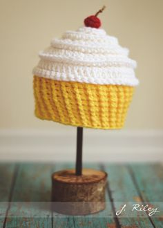 Baby Cakes Cupcake Hat free pattern  883e6fef4d3