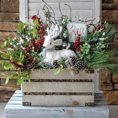 Great centerpiece not only for Christmas but the entire winter season! Christmas Planters, Outdoor Christmas, Rustic Christmas, Christmas Projects, Christmas Wreaths, Christmas Crafts, Black Christmas, Country Christmas Decorations, Xmas Decorations