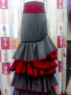 Falda de flamenca en STYLO MARI JOSE TRAJES DE FLAMENCA