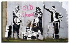 Banksy old skool wallpaper canvas print street art graffiti Banksy Graffiti, Street Art Banksy, Wie Zeichnet Man Graffiti, Banksy Artwork, Banksy Canvas, Bansky, Urbane Kunst, Graffiti Drawing, Art History