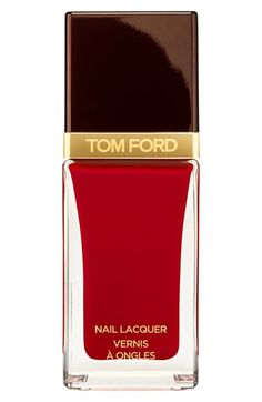 To Tom Ford, every detail counts. The extra-amplified, gloss and shine nail lacquer, in a wardrobe of shades from alluring brights to chic neutrals, lets you express your mood and complete your look.
