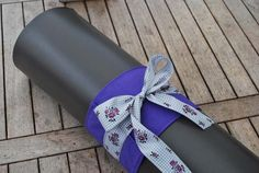 Yoga bow – purple with floral bow