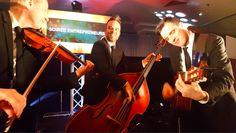 «Live» durant un événement corporatif! Du plaisir pour tous…y compris les musiciens! | Corporate event fun with these wonderful musicians! Jazz, Event Ideas, Photos Du, Concert, Corporate Events, Live, Fun, Wedding, Ropes