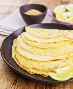 This simple crepe recipe takes only seconds to make in the Thermomix and is a versatile base for many savoury and sweet recipes. Easy Crepe Recipe, Crepe Recipes, Crepes, Thermomix Desserts, Matcha, Sweet Recipes, Easy Meals, Lunch, Snacks