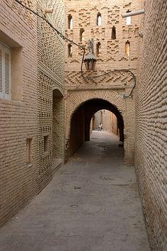 Barrio de Ouled El Hadef. Tozerur. Tunisia. © Inaki Caperochipi Photography