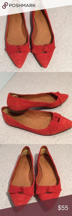 Red bow suede Madewell flats Gorgeous madewell red suede bow flat shoes Madewell Shoes Flats & Loafers