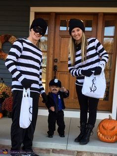 Rachel: This is one-year-old Layker as the cop and mom (me) and dad as the robbers! We found this costume very unique. For the cop costume, we only purchased the hat,... Robber Halloween Costume, Halloween Costume Contest, Theme Halloween, Cute Halloween Costumes, First Halloween, Couple Halloween, Halloween Kids, Homemade Halloween, Homemade Costumes