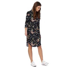 Add a colourful flourish to a smart-casual wardrobe with this dress from Red Herring. Falling to a modest midi length, the relaxed fit creates effortless movement while the colourful floral print is a stylish contrast to the simple navy base. Secure the self tie waist to flatter the silhouette.