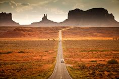 Road trip that includes all the states in USA and landmarks. 1. The trip must make at least one stop in all 48 states in the contiguous U.S .2. The trip would only make stops at National Natural Landmarks, National Historic Sites, National Parks, or National Monuments .The route would take 9.33 days of nonstop driving.