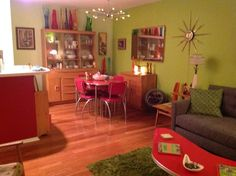 Mid Century living room and dining room, so many elements that I appreciate!