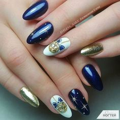Best Christmas Nail Art Ideas for 2020 – For Creative Juice Loading. Best Christmas Nail Art Ideas for 2020 – For Creative Juice Cute Christmas Nails, Xmas Nails, Holiday Nails, Christmas Ideas, Cute Nails, Pretty Nails, Christmas Nail Art Designs, Square Nails, Nail Decorations
