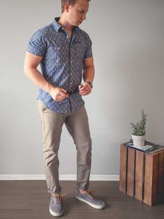 The Patterned Short Sleeve Shirt: 3 Outfits + 16 Affordable Style Picks | Primer