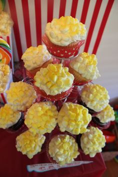 """Popcorn cupcakes - great idea for """"movie"""" themed parties"""