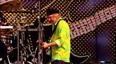 Joe Walsh - Funk #49 (Crossroads Guitar Festival 2004) HD